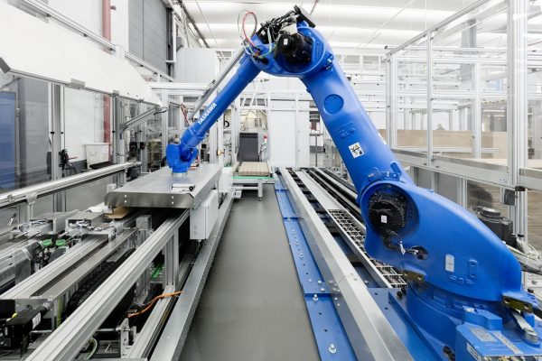 Robotic Material Handling Automation